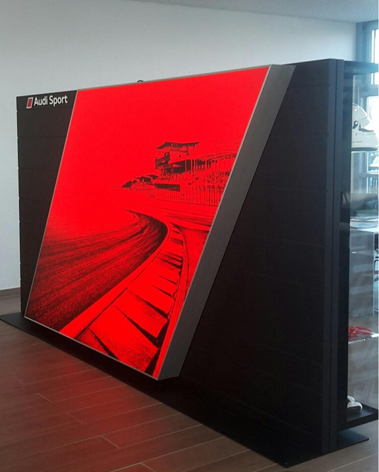 Audi Sport Raute bedruckt