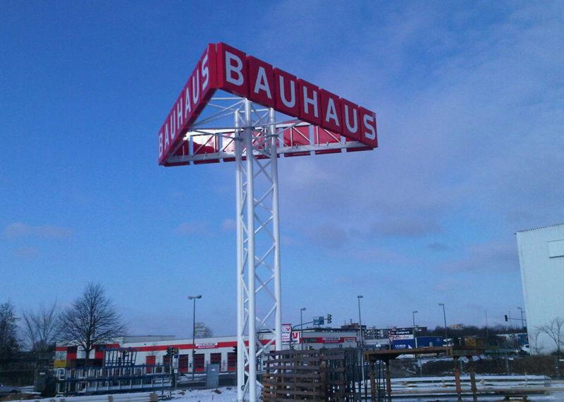 Bauhaus Pylon