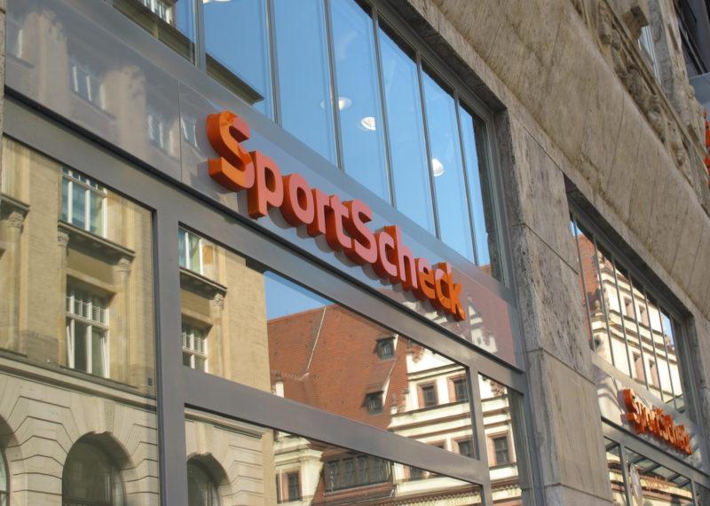 SportScheck Werbeanlage