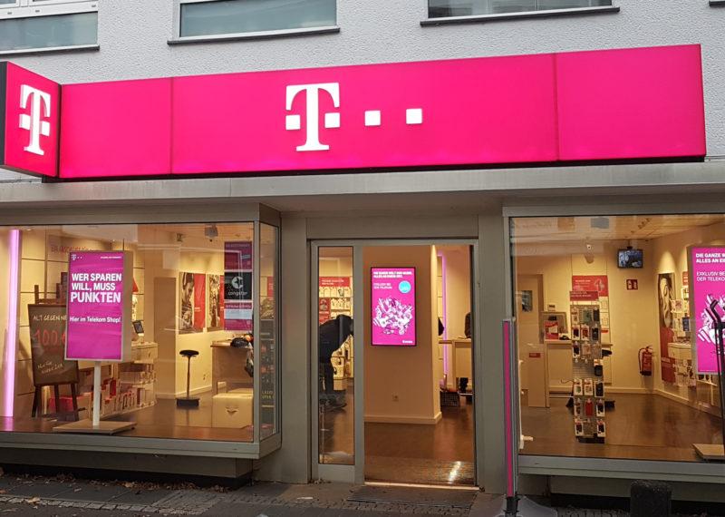 Telekom Lichtwerbung Fernkennzeichnung
