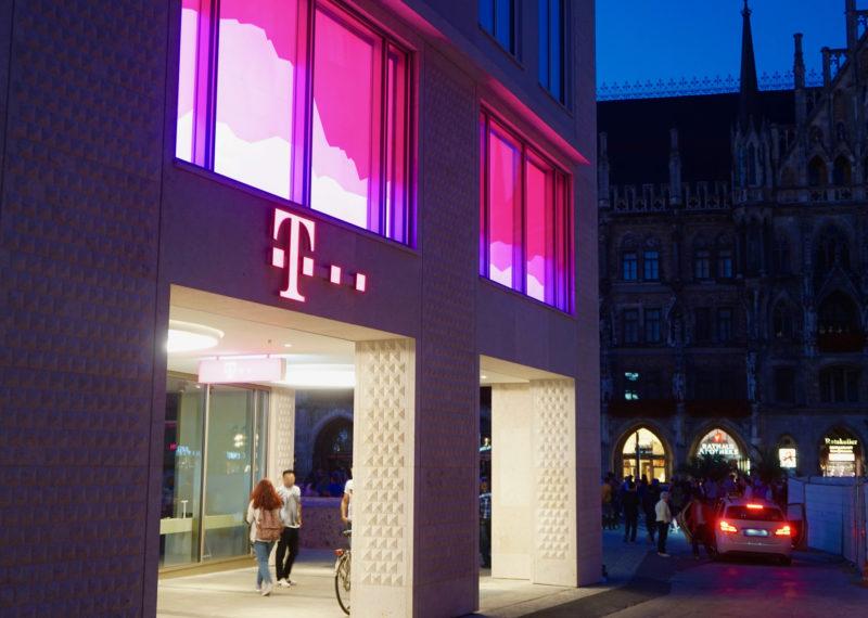 Telekom München Lichtwerbung
